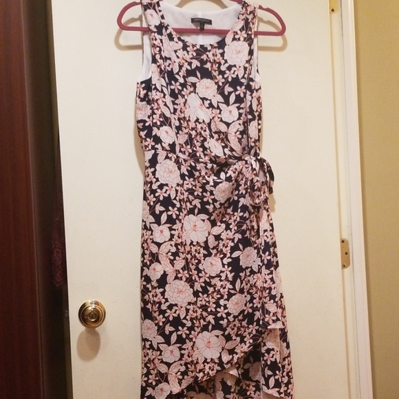 Banana Republic Dresses & Skirts - Banana Republic Floral Dress New 4